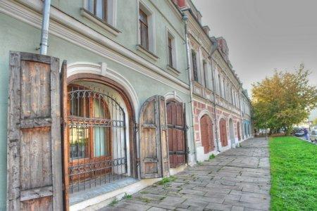 Photo of Пешком по Москве. Школьная улица. Видео-экскурсия.